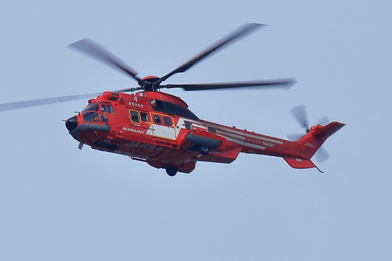 ヘリコプター 救助 落下